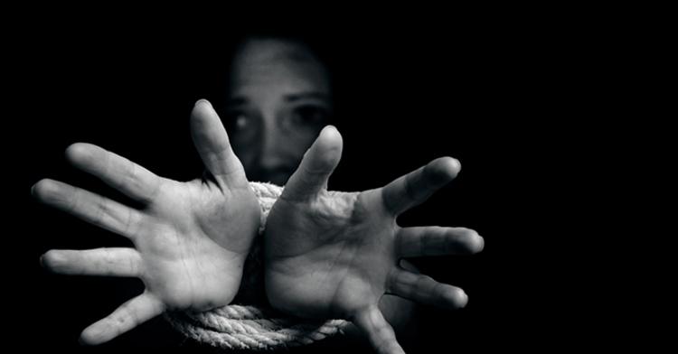 Cada año, cuatro millones de personas son víctimas de la trata, la mayor parte de ellas son niñas, niños y mujeres.