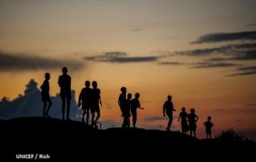 Niñas y niños desplazados de sus países sudsaharianos migran a países europeos.