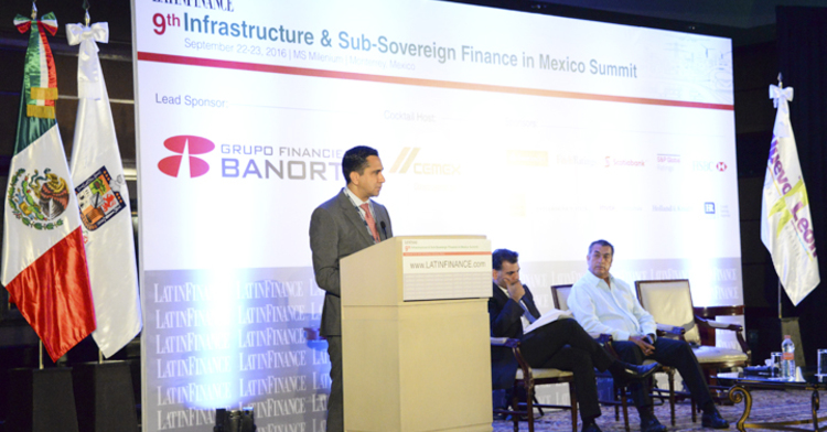 El Director Adjunto de Financiamiento y Asistencia Técnica a Gobiernos de Banobras, Juan Robles Martínez, estuvo presente en la Novena  Cumbre de Infraestructura y Finanzas Sub-nacionales que organiza LatinFinance.