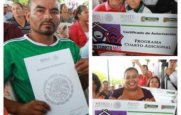 """Familias recibiendo su certificado de  """"Cuarto Rosa""""."""