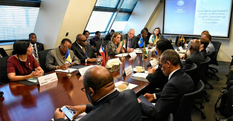 Reunión de la Canciller Ruiz Massieu con los Cancilleres de 14 países del Caribe de habla inglesa y frances.