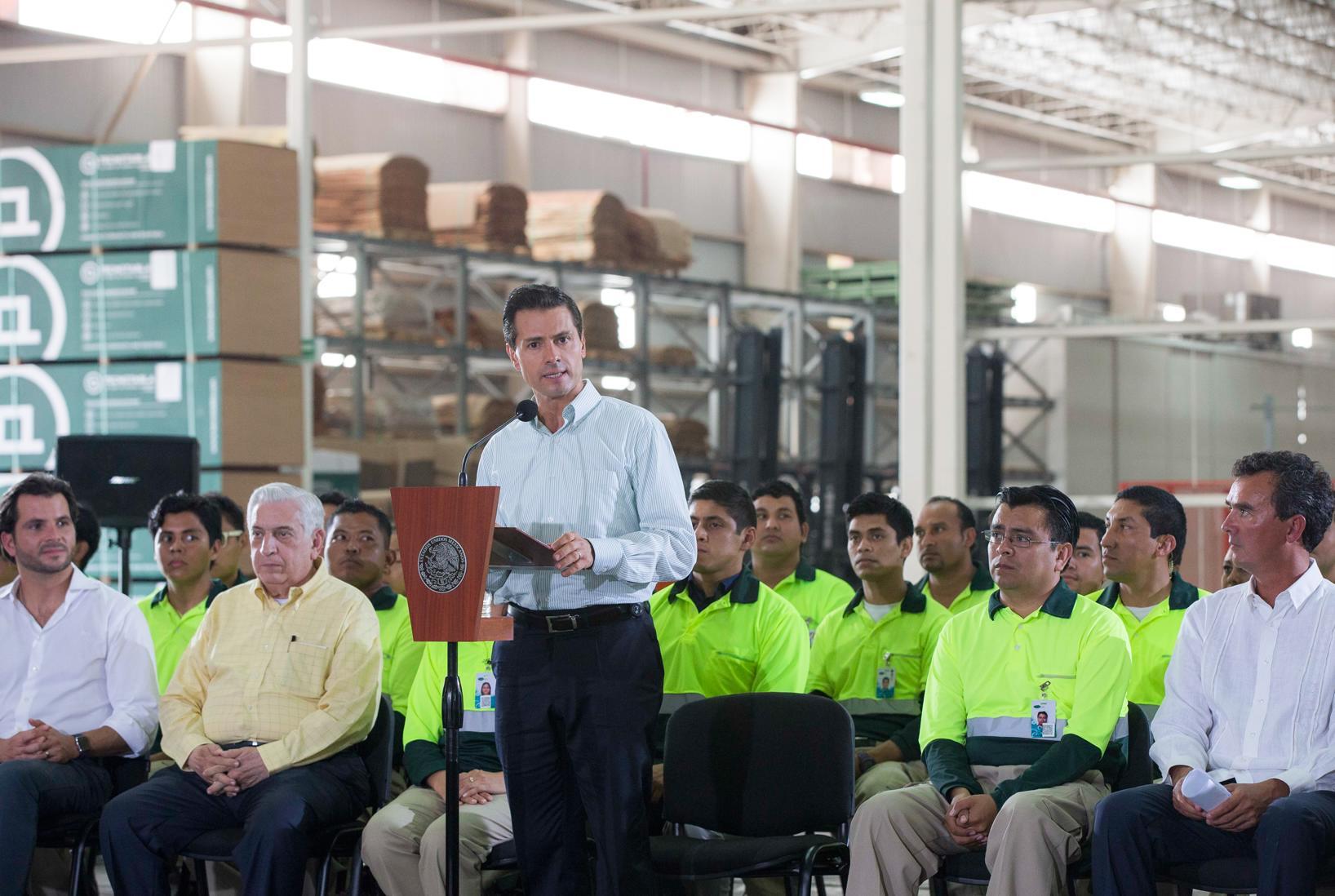"""""""México está comprometido con el desarrollo de las zonas forestales comerciales"""": EPN"""