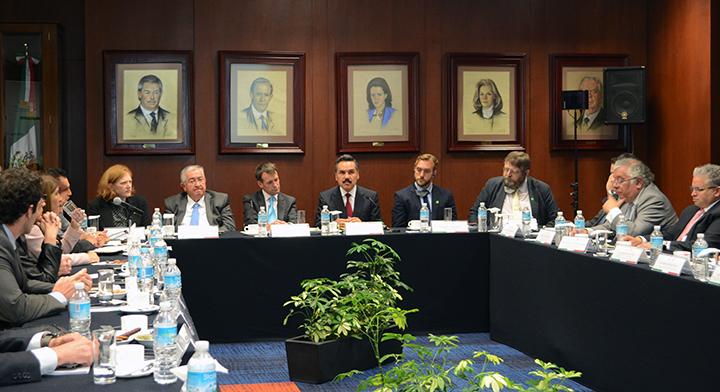 México y el Reino Unido colaboran para mejorar la Atención y Protección a los Denunciantes