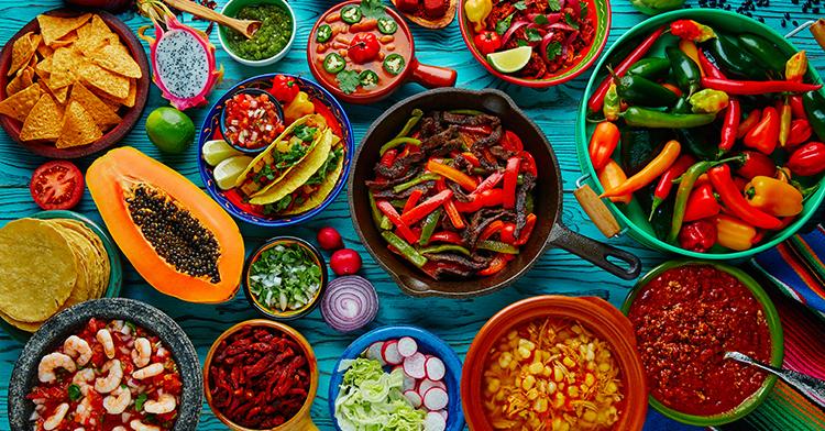 Si lo piensas, existen aspectos culturales, históricos, culinarios, naturales y muchos otros, que nos ayudan a sentirnos especiales ante el mundo.
