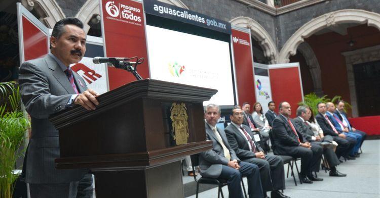 Javier Vargas Zempoaltecatl lanza la Ventanilla Única Digital en Aguascalientes