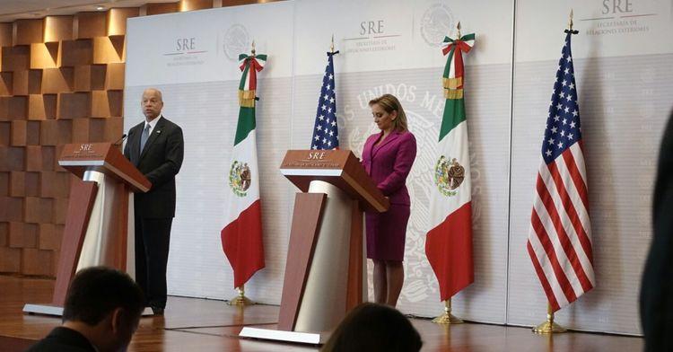 Press conference given by Foreign Secretary Ruiz Massieu and U.S. Secretary of Homeland Security Jeh Johnson