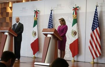 Press conference given by Foreign Secretary Ruiz Massieu and U.S. Secretary of Homeland Security Jeh Johnson