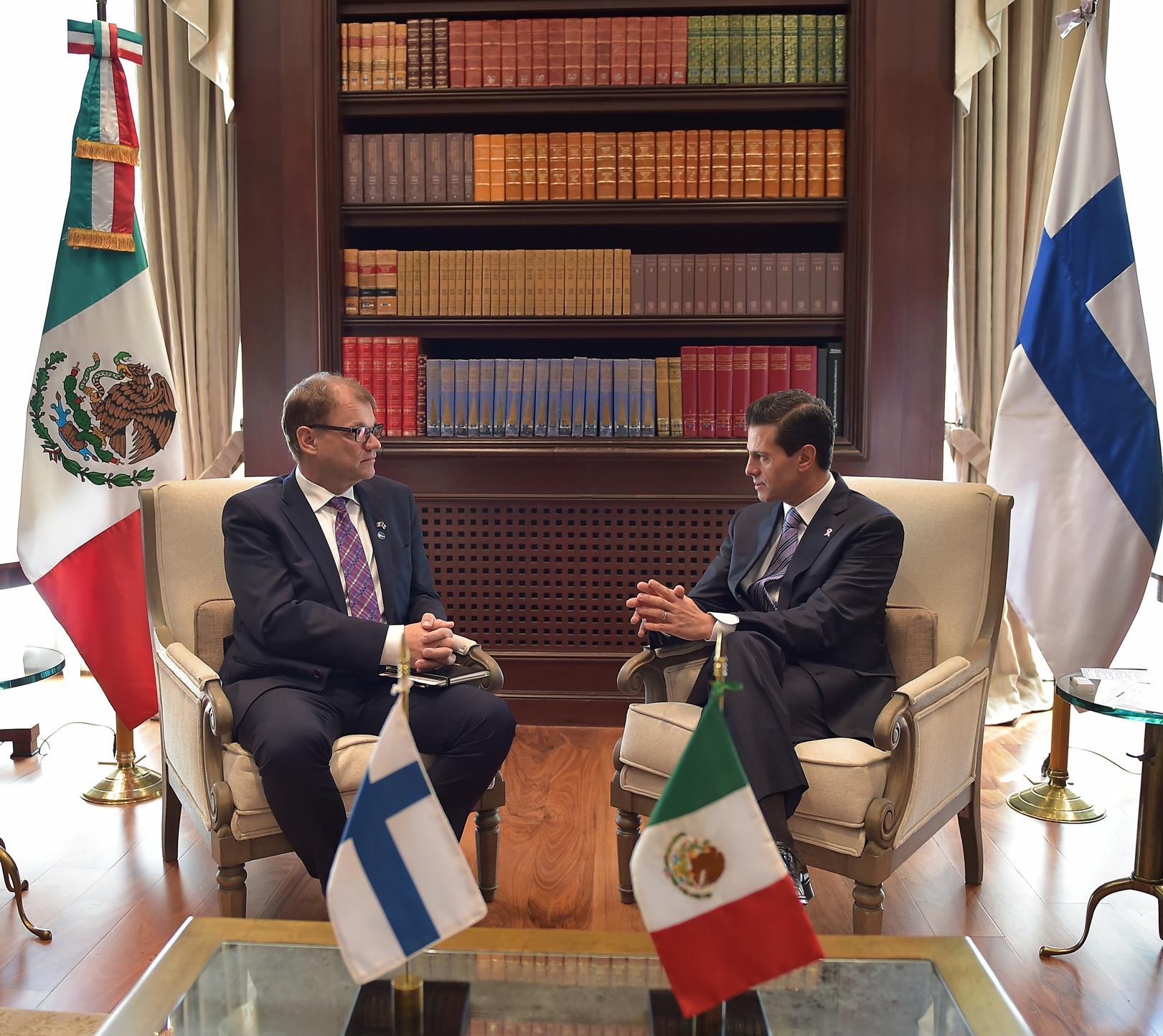 Los Mandatarios destacaron el excelente estado del diálogo político bilateral.