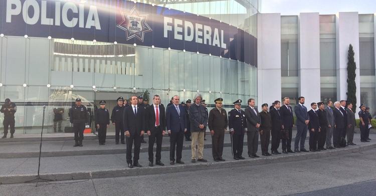 Recibe Policía Federal a agregados diplomáticos en su Centro de Mando
