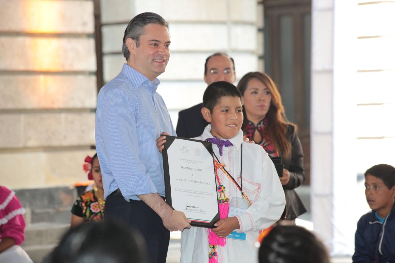 """Entrega de reconocimientos del 17° Concurso Nacional """"Las Narraciones de Niñas y Niños Indígenas y Migrantes"""""""