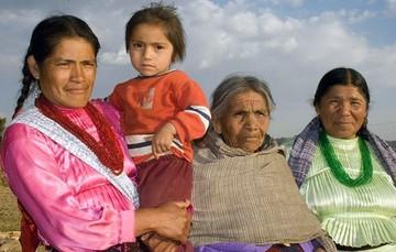 Mujeres ejidatarias beneficiarias de los programas de la SEDATU y el RAN.
