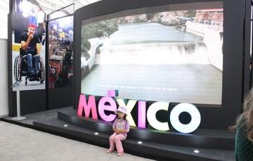 Un pedacito de México se queda en Ecuador, en apoyo de niñas y niños con cáncer