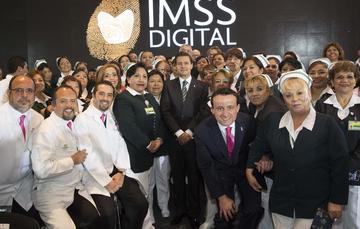 El Primer Mandatario expresó su gratituda los 430 mil trabajadores del IMSS y a quienes forman parte de su Asamblea.