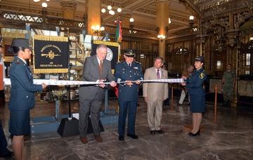 La exposición 100 Años de la Industria Militar fue inaugurada en el Palacio Postal