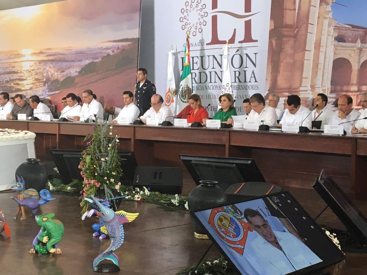 La Secretaria Arely Gómez, en la reunión de la la 51ª Reunión Ordinaria de la Confederación Nacional de Gobernadores