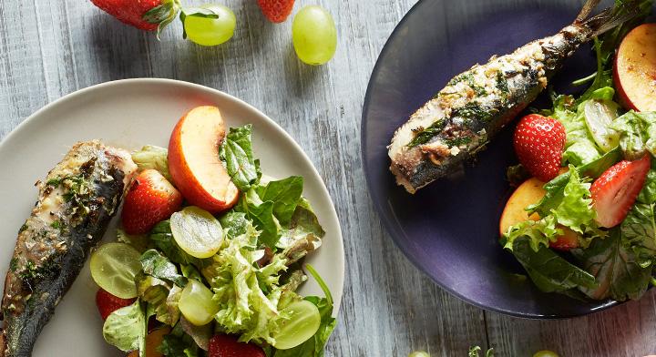 Sardina con ensalada