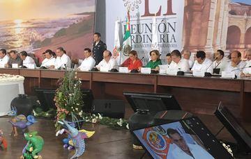 La Secretaria Arely Gómez, en la reunión de la la 51ª Reunión Ordinaria de la Confederación Nacional de Gobernadores.