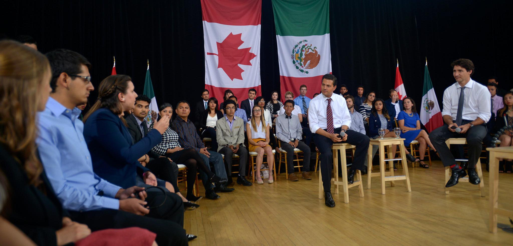 """""""México ve en Canadá a un pueblo que ha sabido crecer y desarrollarse con libertad y justicia social, a una sociedad igualitaria, forjada en la cultura del esfuerzo"""": EPN"""