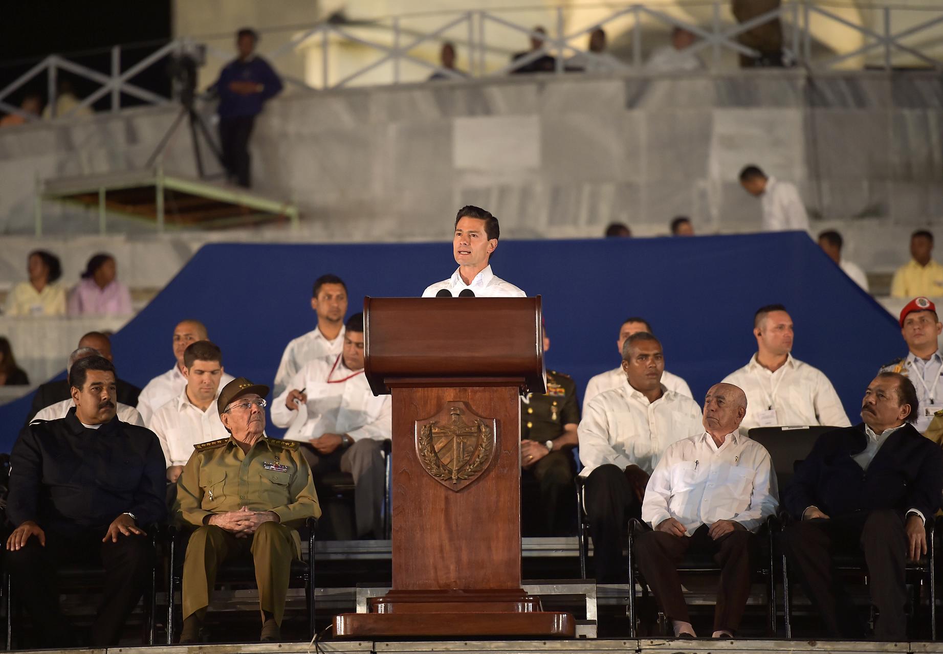 """""""Cuba y México son amigos y vecinos. Nuestros países están unidos por lazos profundos e irrenunciables: las aguas del Mar Caribe han vinculado nuestra historia durante siglos"""": EPN"""