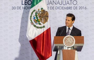 """""""México seguirá apostando por el libre comercio, a partir de dos premisas: la expansión hacia nuevos mercados y la profundización de aquellos en los que ya tenemos presencia; y continuar promoviendo la competitividad de América del Norte"""": EPN"""