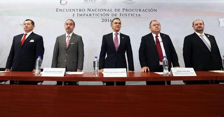 El Procurador inauguró la XXXVI Asamblea Plenaria de la CNPJ y el Encuentro Nacional de Procuración e Impartición de Justicia 2016.