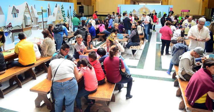 Continúa el Taller Navideño del Servicio Postal Mexicano con gran afluencia de visitantes