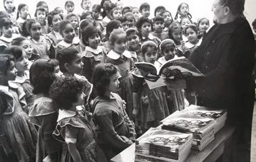 A cincuenta y siete años de la entrega del primer libro de texto gratuito.