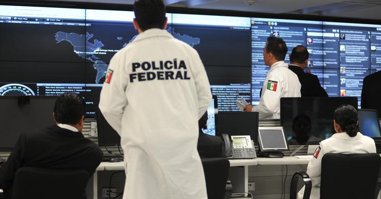 POLICÍA FEDERAL ALERTA SOBRE RIESGOS EN EL USO DE REDES SOCIALES POR NIÑAS, NIÑOS Y ADOLESCENTES