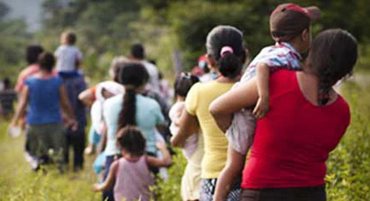 ¿Por qué ocurre la violencia contra las mujeres migrantes y cómo prevenirla?