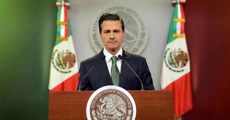 """""""Gracias a la productividad de los trabajadores mexicanos y a la competitividad de las empresas establecidas aquí, nuestro país es una de las 15 mayores economías del mundo"""": EPN"""