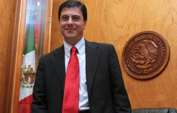 el Ejecutivo Federal sometió el nombramiento de Gerónimo Gutiérrez Fernández como Embajador de México en los Estados Unidos de América, a consideración del Senado de la República para su ratificación, una vez que cuenta ya con el beneplácito