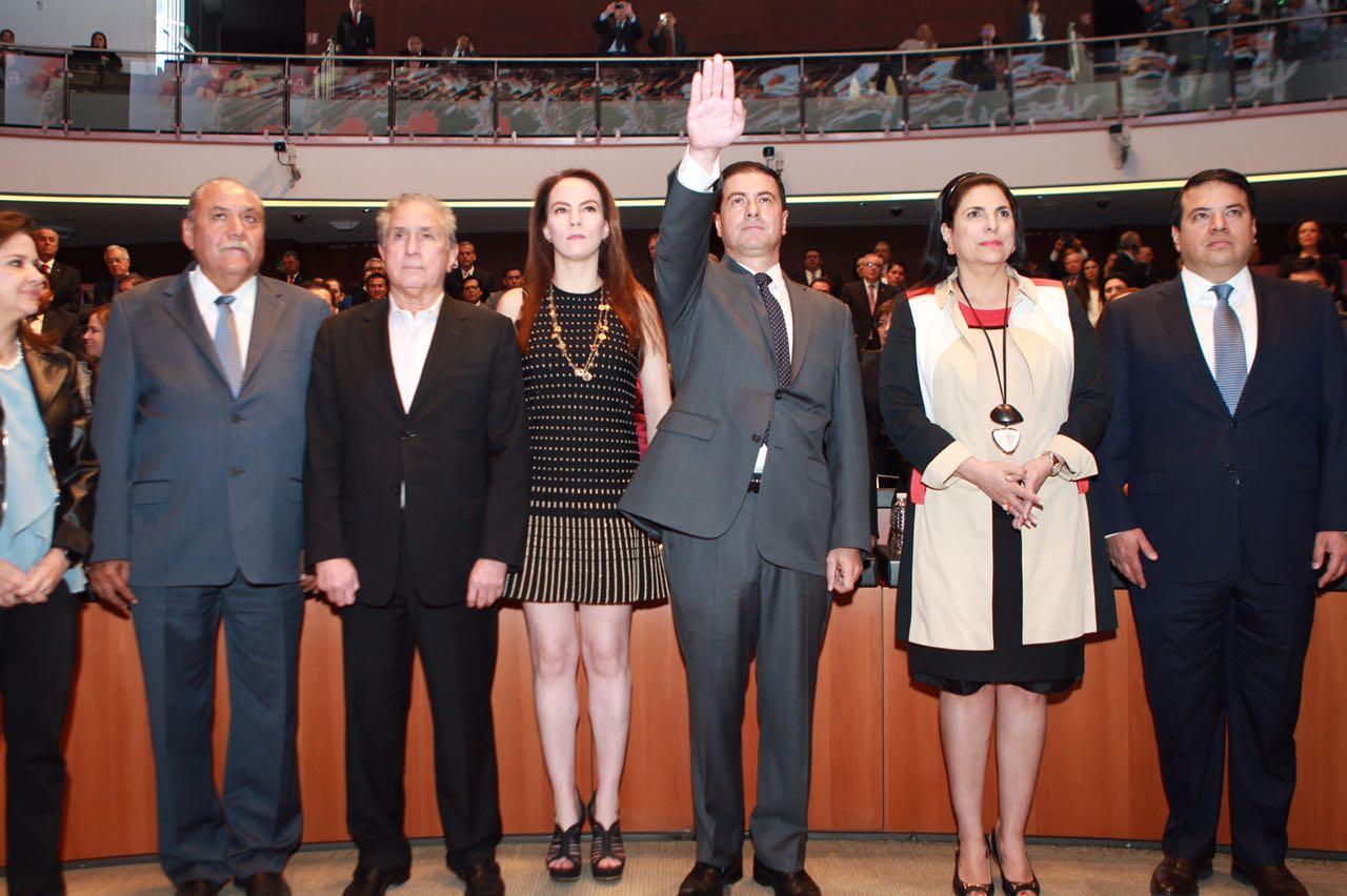 El Senado de la República ratifica los nombramientos de los Embajadores de México ante EUA y China.