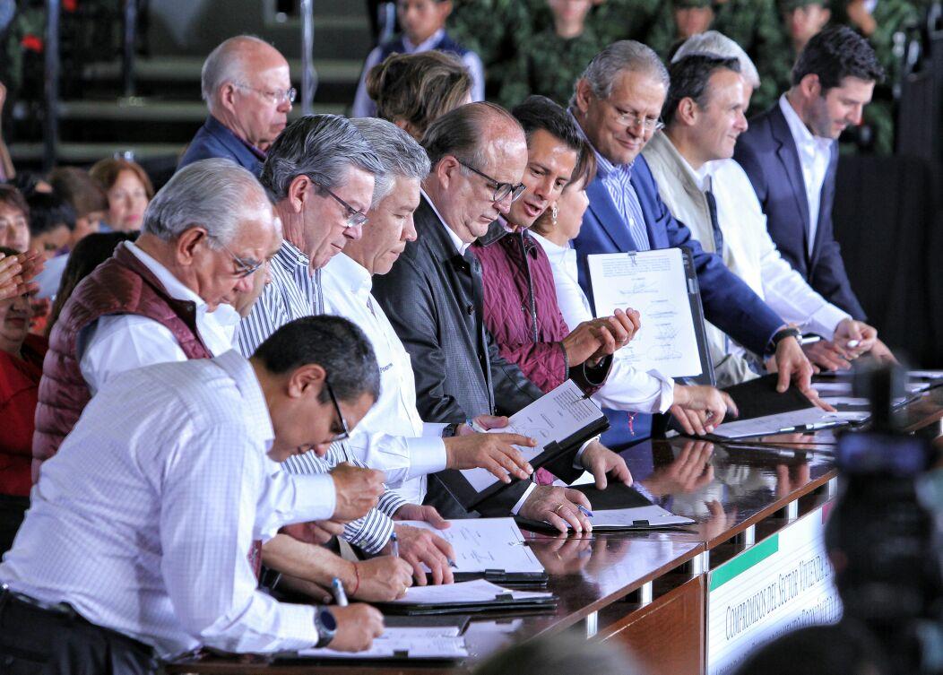 Firma de los Compromisos del Sector de la Vivienda, en el marco del Acuerdo para el Fortalecimiento Económico y la Protección de la Economía Familiar.