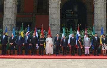 México tiene relaciones diplomáticas con 192 países, de los cuales 89 cuentan con Embajada Residente acreditada en el país.