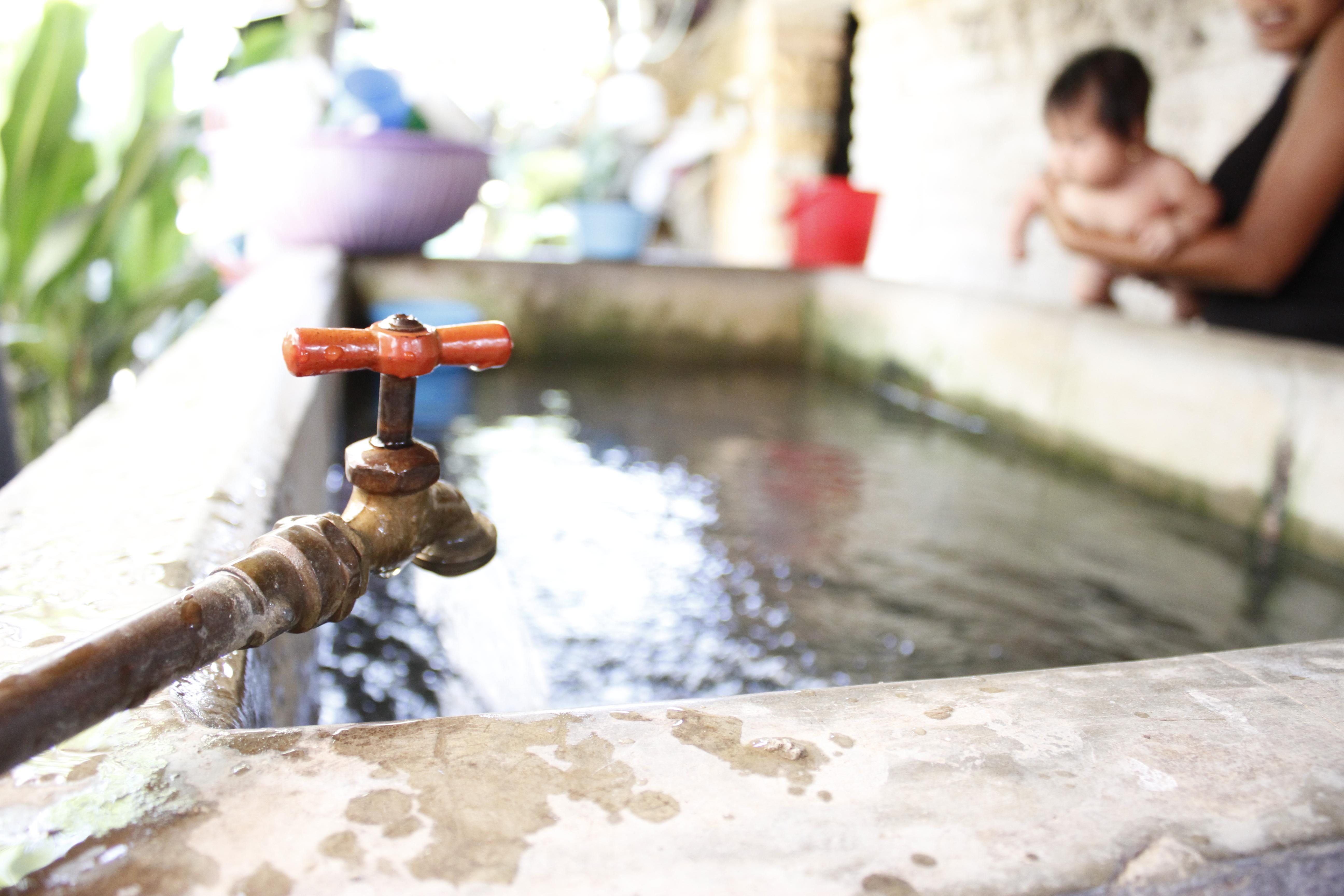 Cuidemos el agua en familia.
