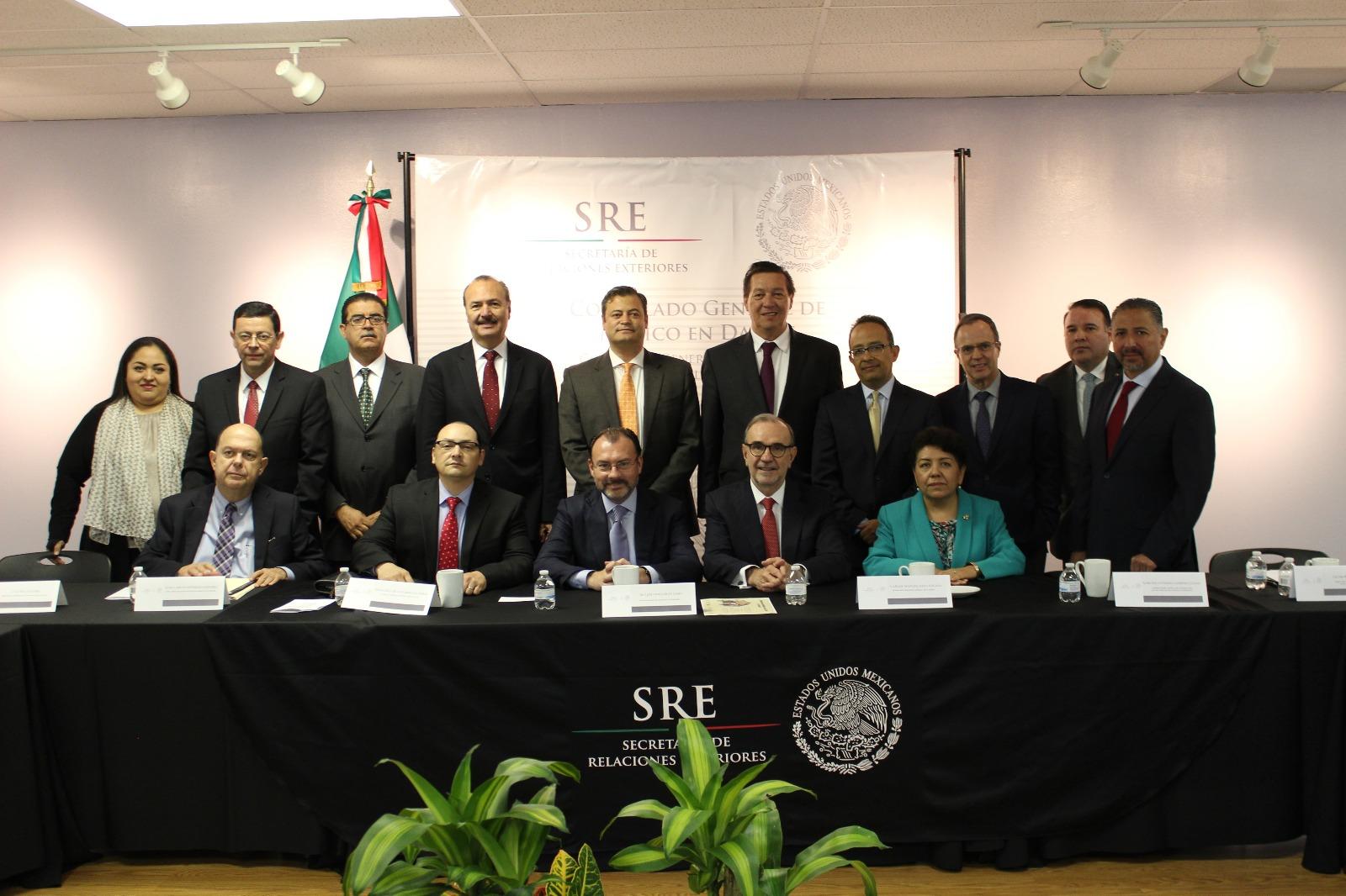 Aa- Se reúne el Canciller Luis Videgaray Caso con los Cónsules de México en Texas
