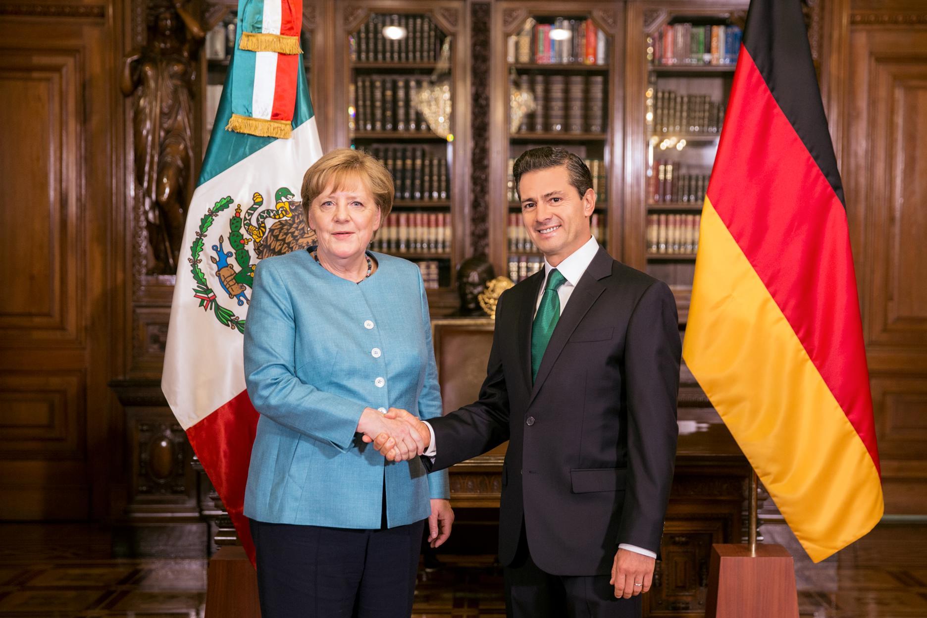 Ambos gobernantes se congratularon por la participación de México como País Socio de la Feria Industrial de Hannover 2018, la exhibición industrial más importante del mundo, que reúne a más de 6 mil expositores y recibe a más de 200 mil visitantes.