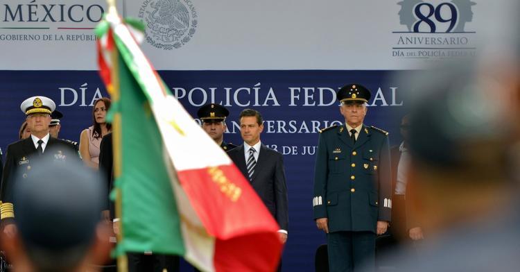 El Primer Mandatario resaltó la labor de equipo, en un frente común, de la Policía Federal y las Fuerzas Armadas.