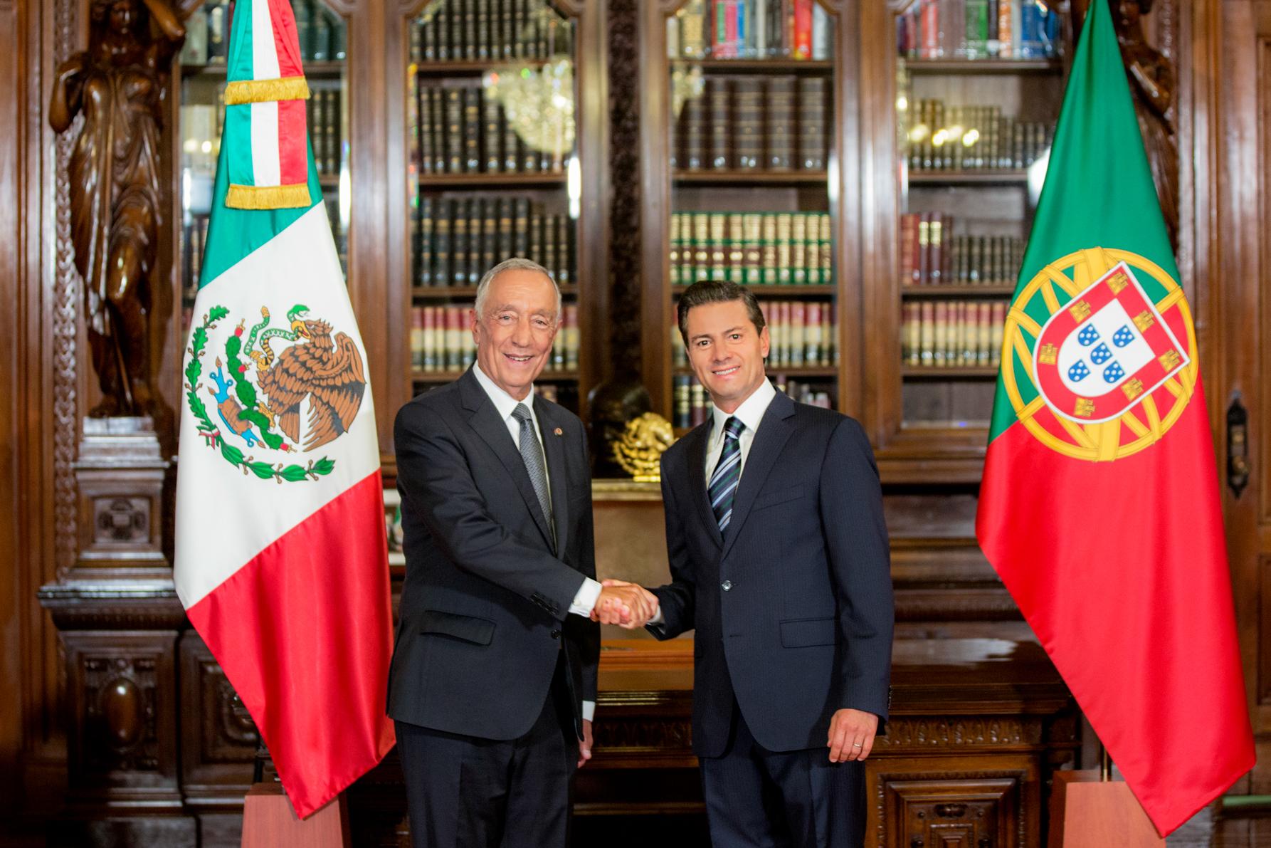 """""""México se ha convertido en uno de los destinos prioritarios de la inversión portuguesa en América Latina"""": EPN"""