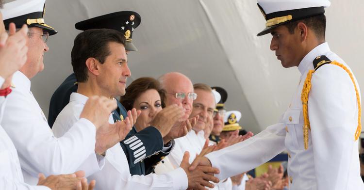 """""""En la construcción de este México, los marinos navales y todas las Fuerzas Armadas son piezas fundamentales"""": EPN"""