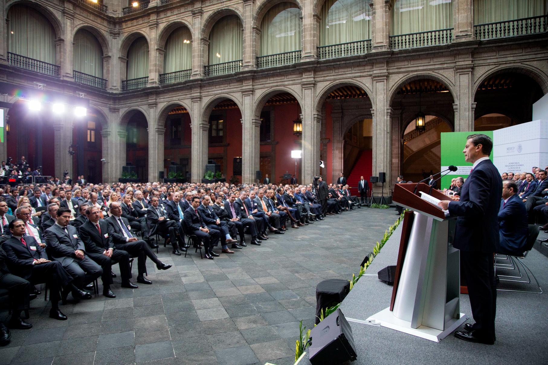 """""""El último año ha sido particularmente complejo, no sólo para México sino para el mundo entero"""": EPN"""