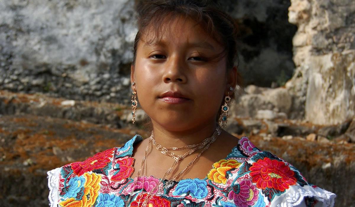 Curso básico de lengua maya en video.