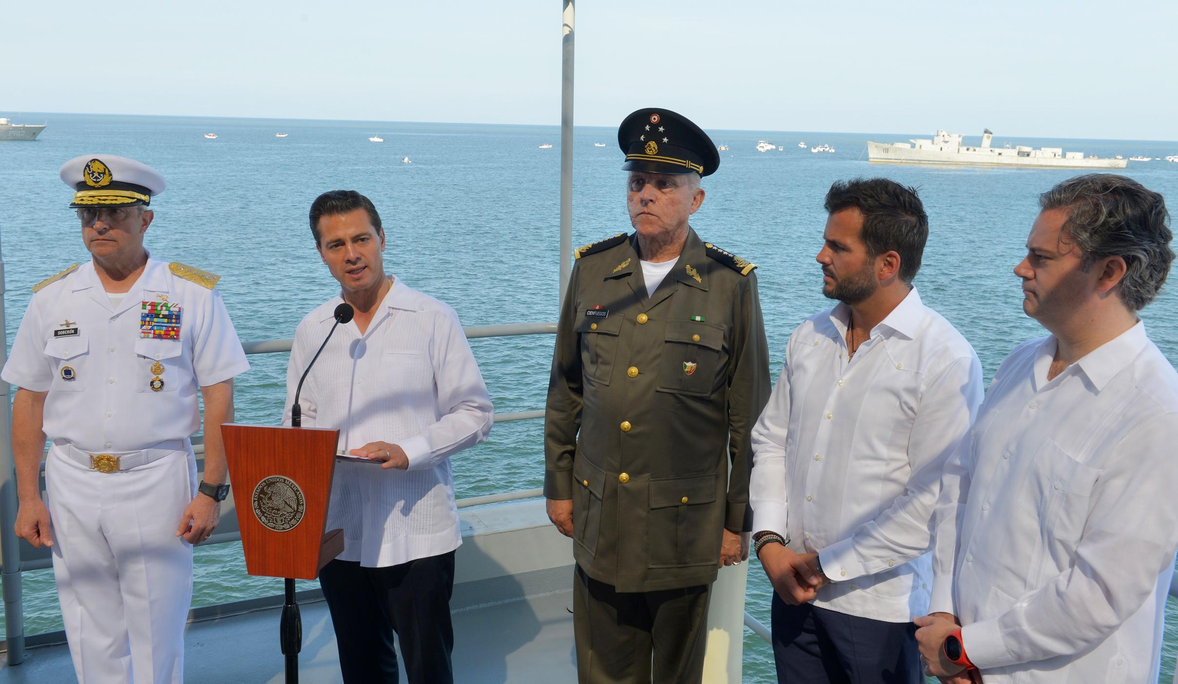 La Policía Militar y la Policía Naval seguirán prestando en Veracruz labores de seguridad y de apoyo a la población.