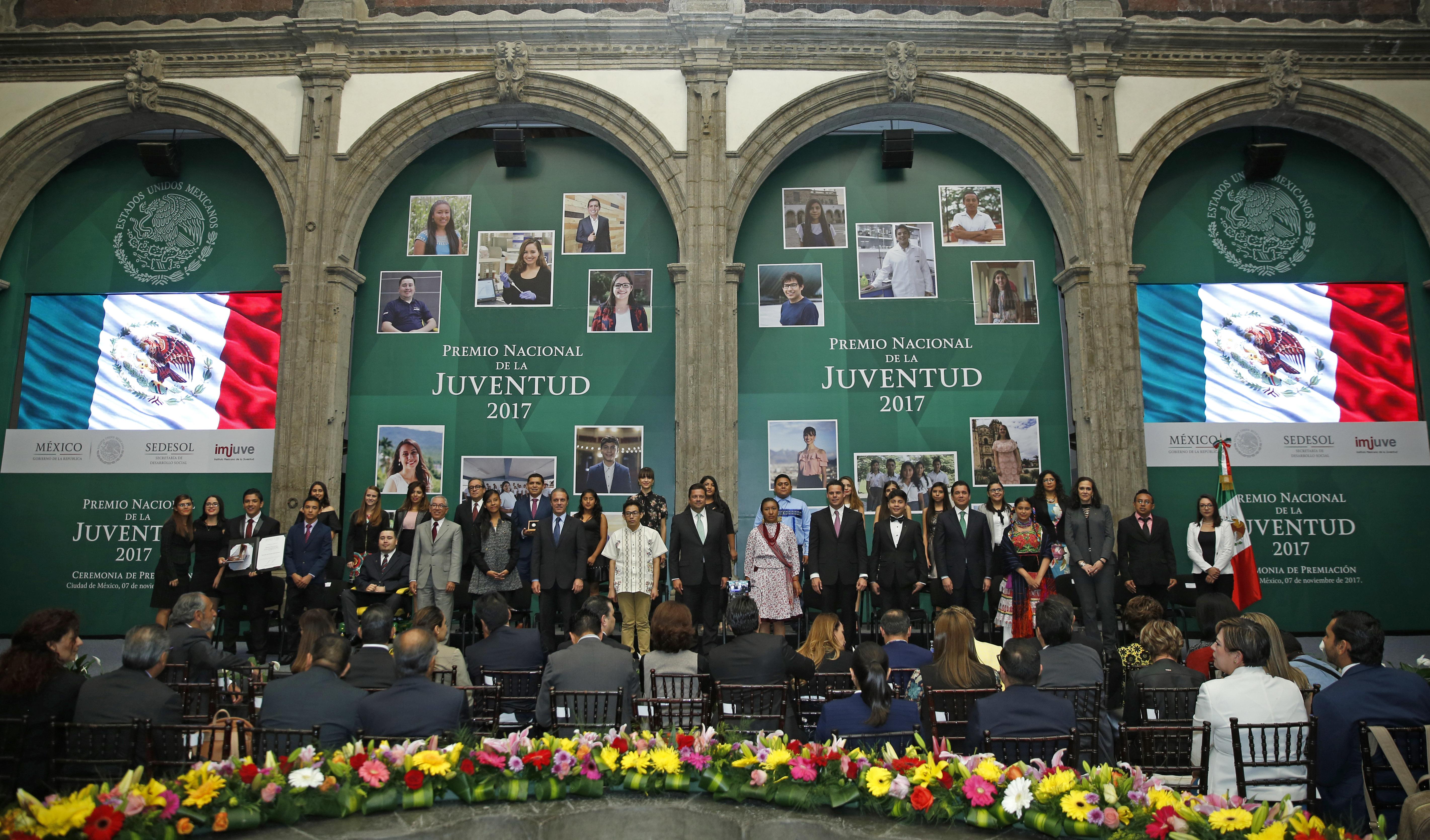 Ceremonia de entrega del Premio Nacional de la Juventud 2017
