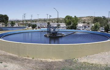 En México, en 2016 se destinó a la cobertura y mejora de los servicios de agua potable
