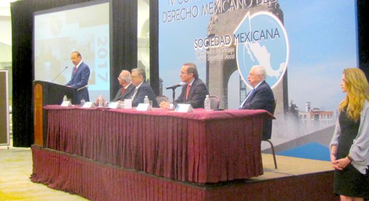 Presidium IV Congreso de la Sociedad Mexicana de Derecho del Trabajo
