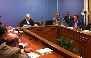 H. Consejo de Representantes en la Comisión Nacional de los Salarios