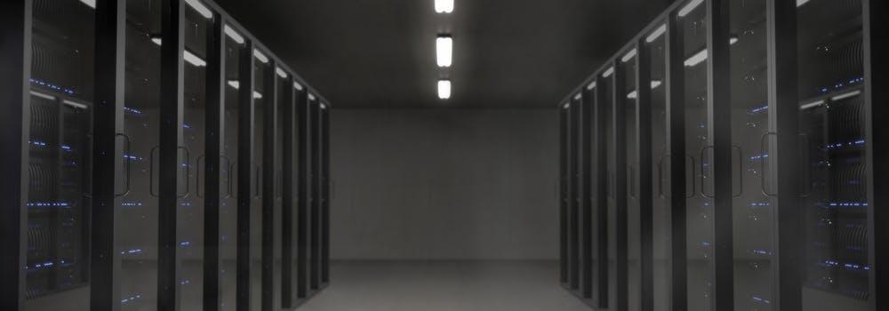 Pasillo de servidores de computo