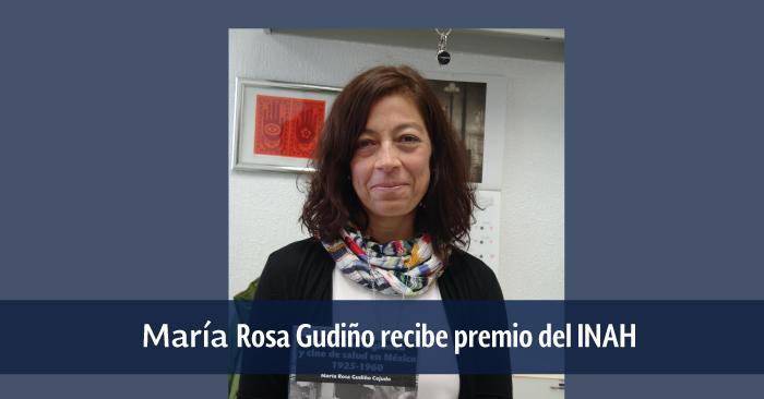 María Rosa Gudiño en su oficina en la UPN Ajusco.