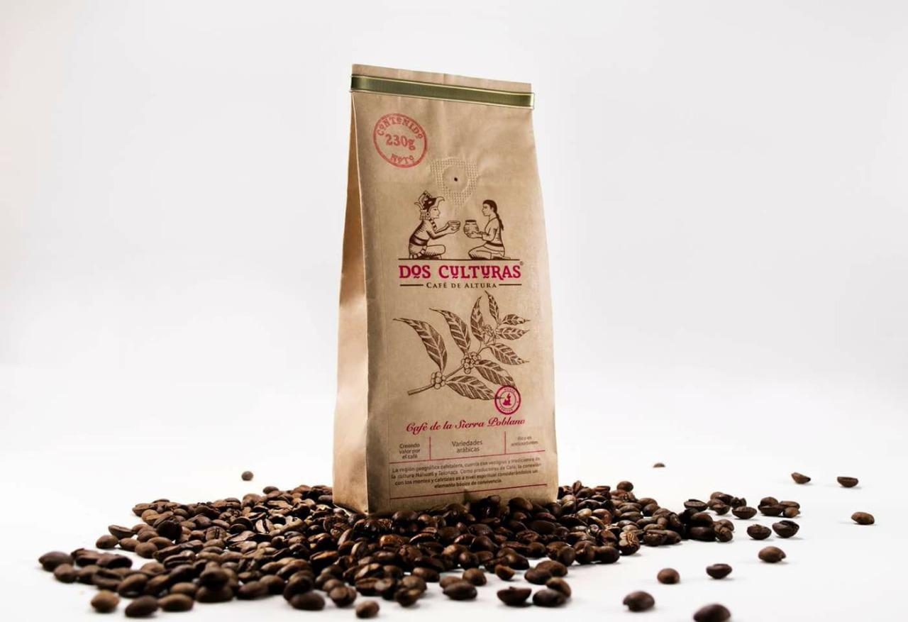 Bolsa y granos de café